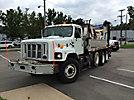Effer 44N3S, Knuckleboom Crane, rear mounted on, 2000 International F2674 Tri-Axle Flatbed Truck
