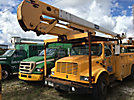 HiRanger 5TC-55MH, Material Handling Bucket Truck rear mounted on 2001 International 4900 Utility Truck