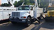 Holan 805B-47-3, Material Handling Bucket Truck, rear mounted on, 2001 International 4900 Utility Truck