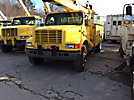 Holan 805B-47-3, Material Handling Bucket Truck, rear mounted on, 2001 International 4900 Utility Truck