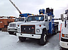 Pitman P45MH, Hydraulic Crane, mounted behind cab on, 1989 International S1954 T/A Flatbed Truck