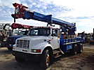 Telelect Commander 6000, Hydraulic Crane rear mounted on 1999 International 4900 T/A Flatbed Truck