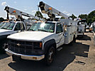 Telsta/MTI A28D, Telescopic Non-Insulated Bucket Truck, mounted behind cab on, 2000 Chevrolet C3500HD Service Truck