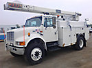 Terex/HiRanger SC42II, Over-Center Bucket Truck, rear mounted on, 2002 International 4700 Utility Truck