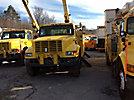Terex/Telelect/HiRanger 46-OM, Material Handling Bucket Truck, center mounted on, 2001 International 4900 Utility Truck
