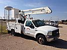 Versalift VN32PI, Bucket Truck, center mounted on, 2005 Ford F350 4x4 Service Truck