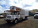 Versalift VO255-RV, mounted behind cab on, 1999 International 4700 Chipper Dump Truck