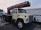 Willkie 540, Non-Insulated Ladder Lift center mounted on 1986 International 1654 Flatbed/Utility Truck