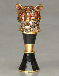 Gus Leopard Head Wine Stopper & Stand - Amber