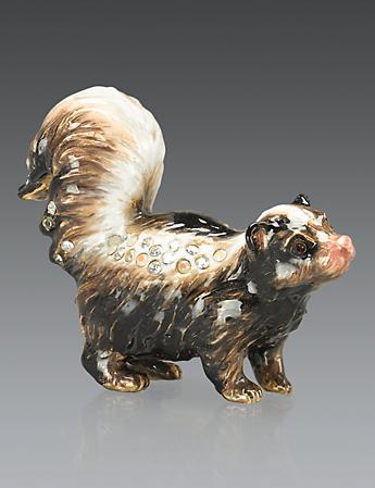 Cole Skunk Mini Figurine - Natural