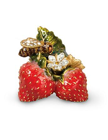Lael Bee on Strawberries Objet - Flora