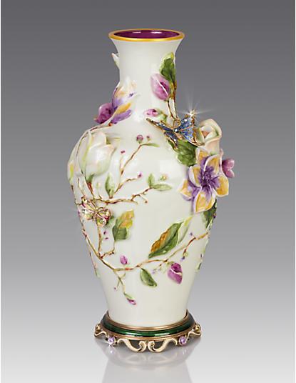 Cosette Magnolia Vase - Flora