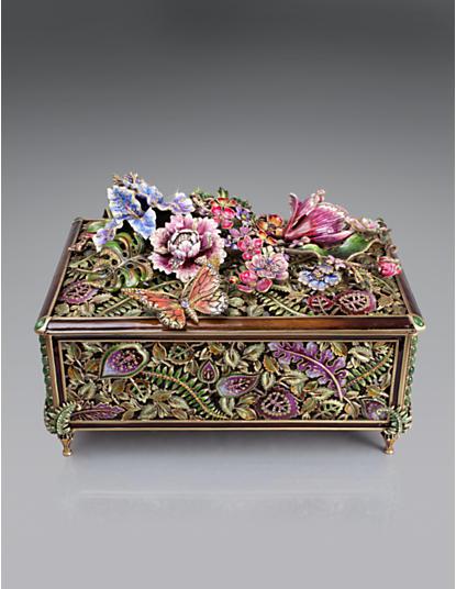 Genevieve Grand Floral Chest - Flora