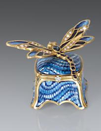 Reese Dragonfly Box - Delft Garden