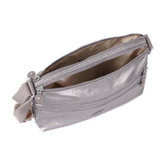 Alvar Crossbody Bag,Metallic Pewter,large