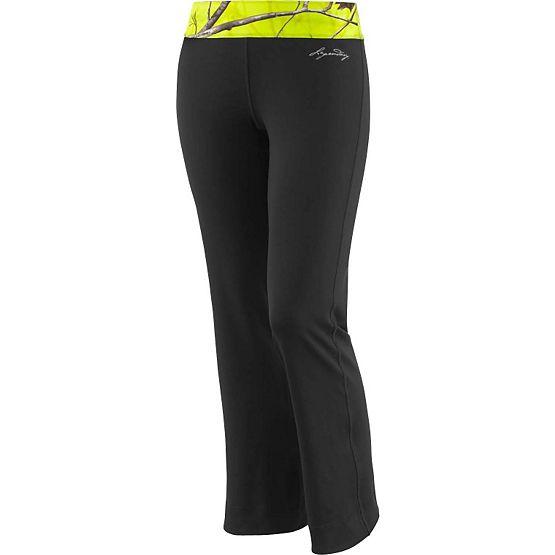 Women's Realtree Camo Flex Active Pants at Legendary Whitetails