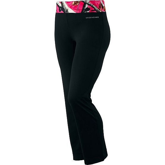 Women's Camo Flex Active Pants at Legendary Whitetails