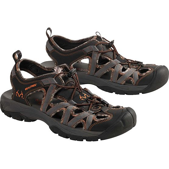 Men's Barracuda Realtree Camo Sandal at Legendary Whitetails