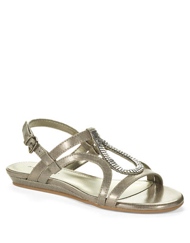 BANDOLINOAftershoe Gladiator Sandals