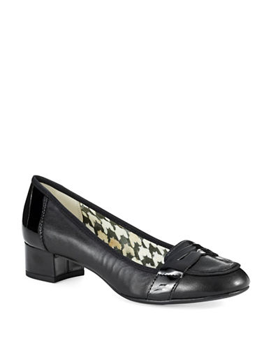 ANNE KLEIN Magdha Loafers