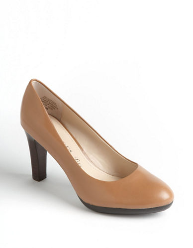 ANNE KLEINClemence Leather Pumps