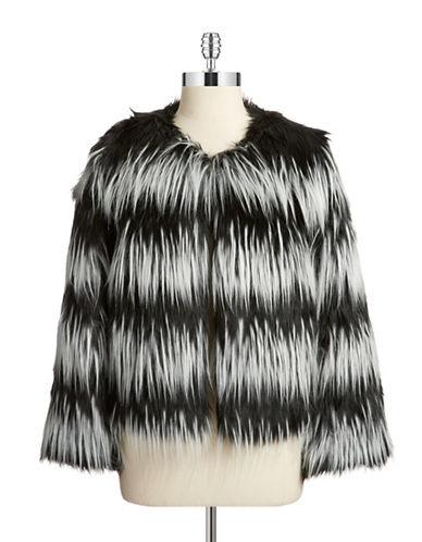 VINCE CAMUTOFaux Fur Box Jacket