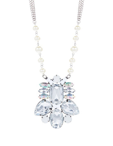 ROBERT ROSE Clustered Stone Pendant Necklace