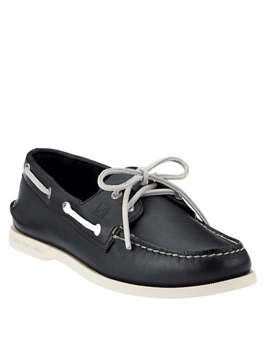 SPERRY TOP-SIDER Black A/O 2-Eye Leather Boat Shoe - Smart Value