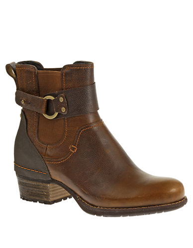 Merrell Shiloh Pull Leather Ankle Boots