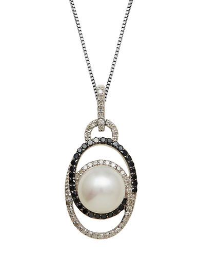 LORD & TAYLORSterling Silver Pearl and Diamond Pendant Necklace