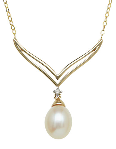 LORD & TAYLOR 14Kt. Yellow Gold and Fresh Water Pearl Necklace with Diamond Accent