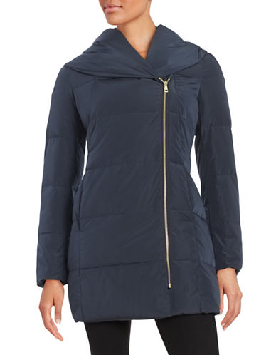 cole haan female 236621 pillowcollar quilted down coat