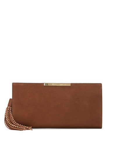 vince camuto female tina leather convertible clutch
