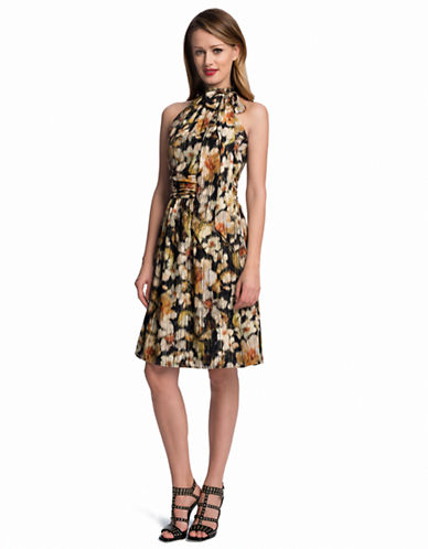 CYNTHIA STEFFEMeera Floral Tie Neck Fit and Flare Dress