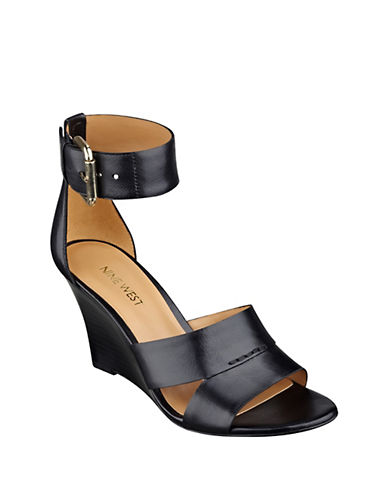 NINE WEST Checkmayt Leather Wedge Sandals