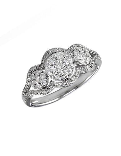 EFFYBouquet 14Kt White Gold Three Circle Diamond Ring