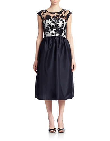 JS BOUTIQUELace Bodice Fit and Flare Dress