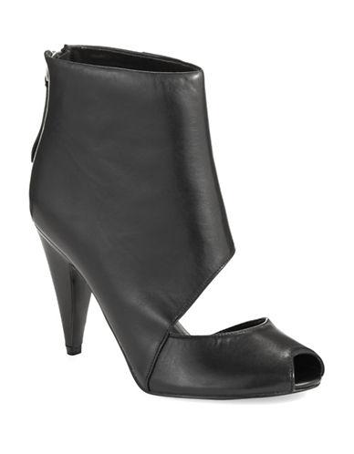 NINE WESTSumptuous Ankle Boots