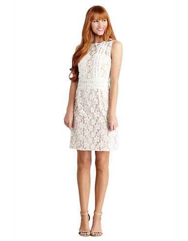 DONNA MORGANFloral Lace Sheath Dress