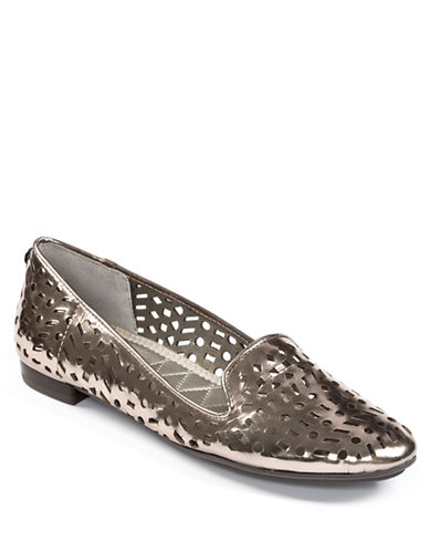 ME TOO Alla Metallic Faux Leather Flats