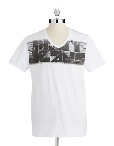 DKNY JEANSV-Neck Graphic T-Shirt
