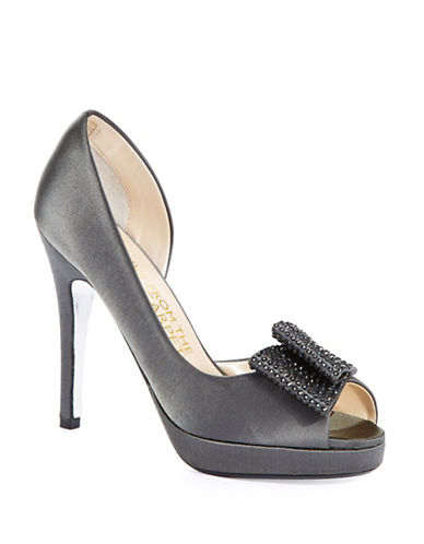 E!LIVE FROM THE RED CARPETNyla Rhinestone-Embellished Leather Pumps