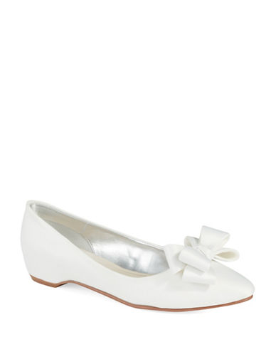 CAPARROS Pearl Pointed Toe Flats