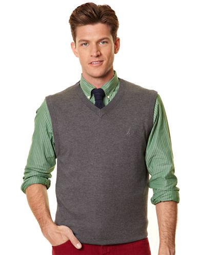 NAUTICA12 Gauge Solid Sweater Vest