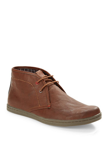 BEN SHERMAN Vince Leather Chukka Boots