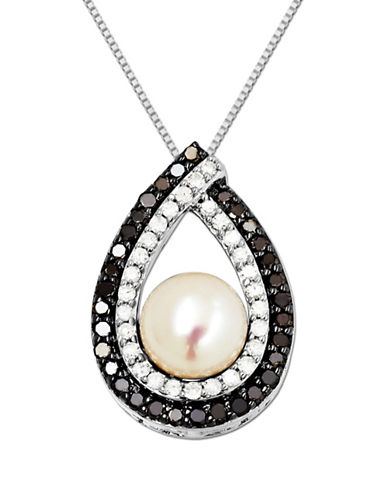 LORD & TAYLORSterling Silver Pearl and Diamond Pendant .48CTW