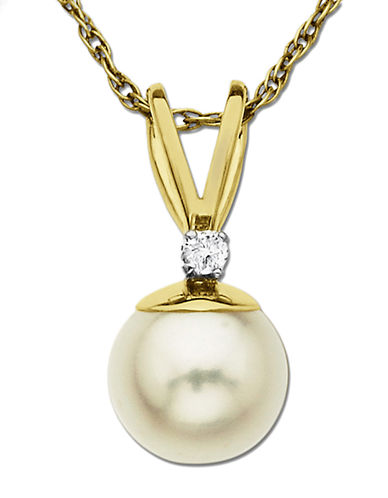 LORD & TAYLORFreshwater Pearl Pendant with Diamond Accent in 14 Kt. Yellow Gold 0.05 ct. t.w. 8 mm