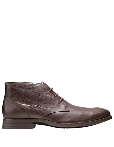 COLE HAAN Copley Leather Chukka Boots