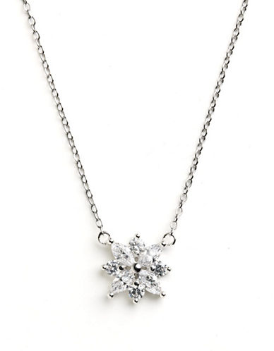 LORD & TAYLORSterling Silver Small Flower Pendant Necklace