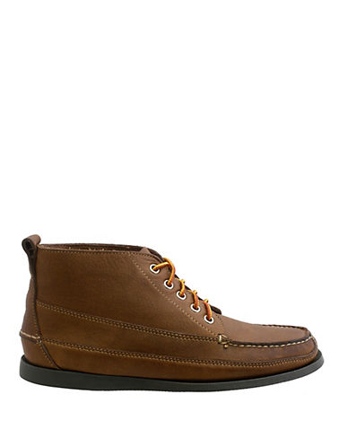 BASS Carlton Leather Chukka Boots